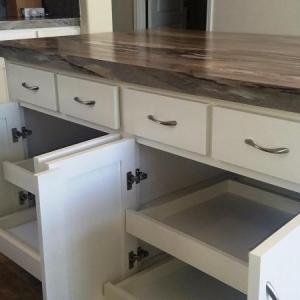 91 Kitchen cabinets